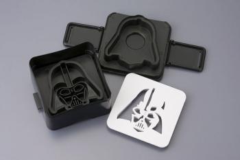 Star Wars Sandwich Shaper - Darth Vader Head