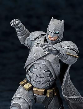 Batman V Superman ArtFX+ 1/10 Scale Figure - Armored Batman